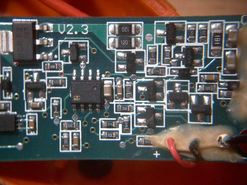 2200mAh 18650 Li-ion Battery for Power Tool, могло бы быть и лучше.