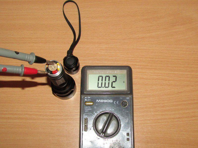 UltraFire C2 Cree XR-E, или просто средний фонарик который думает, что он дальнобой.