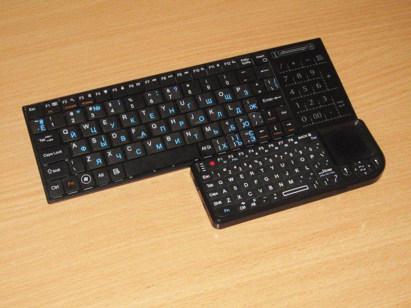 Компактная Bluetooth клавиатура с интересным тачпадом