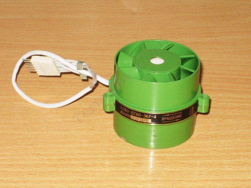 Небольшой вентилятор в военном исполнении