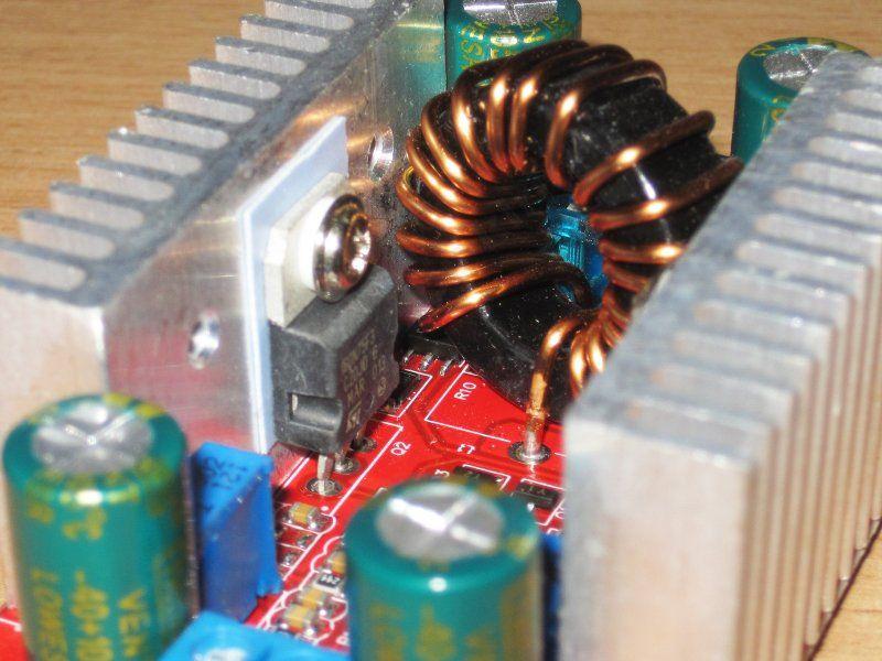 Повышающий преобразователь напряжения с мощностью до 400Вт